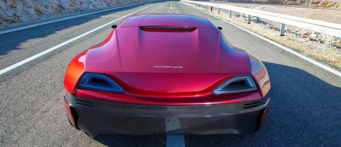 Heckansicht des Elektrosupersportwagens Rimac Concept_One.