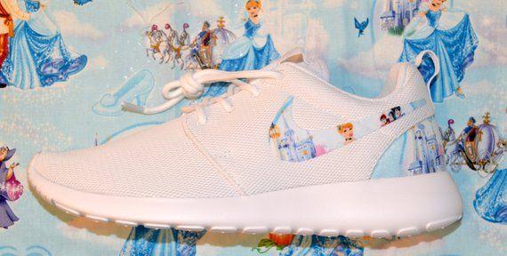 Cinderella Custom Nike Roshe Run One Schuh Sneaker   – Disney Fashion