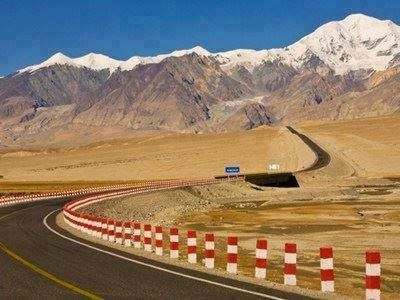 Beautiful view of Karakoram Highway towards China from Pakistan. It is called a eighth wonder of the world.
