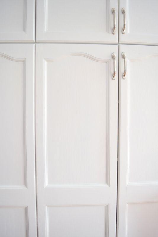 Le 25 migliori idee su dipingere i mobili della cucina su - Dipingere mobili ikea ...