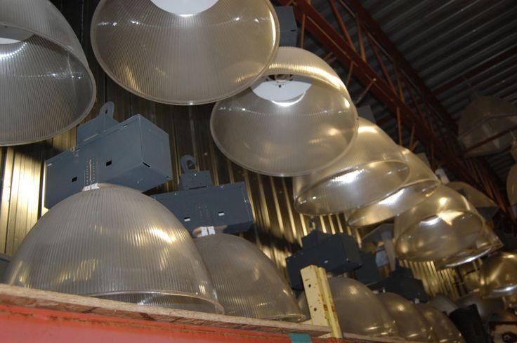 25 best ideas about luminaire industriel on pinterest for Brick meuble quebec