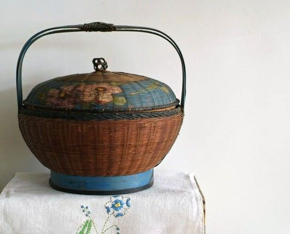 antique sewing basket...like my grandmothers. She sewed clothing for the prime minister & his wife ( of Canada )