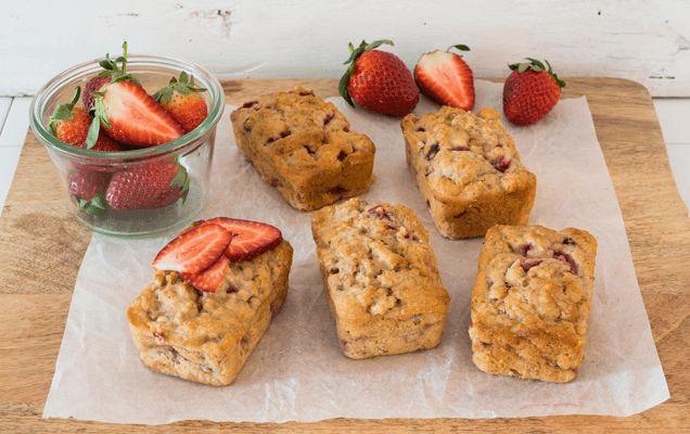 Weet-Bix recipe: Mini banana and strawberry loaves