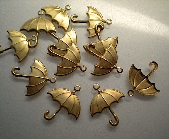 [OSWALD]  12 brass umbrella charms by TimeAndMaterials on Etsy