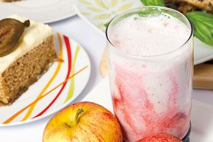 Batido de manzana gala y fresas