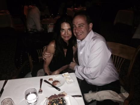#IanMausner lives a #lifestyle that includes culturally enriching activities. He likes to #travel, he is an #art lover, and he enjoys fine dining.