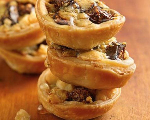 Gorgonzola, Fig, and Walnuts Tartlets | Recipe