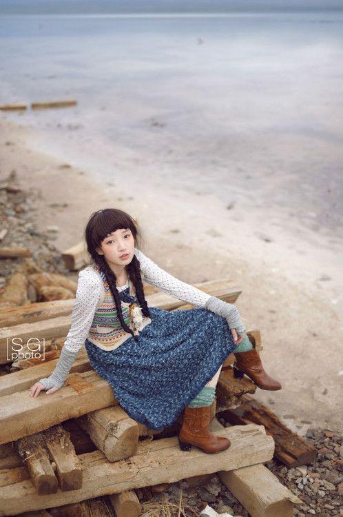 By Dear Li