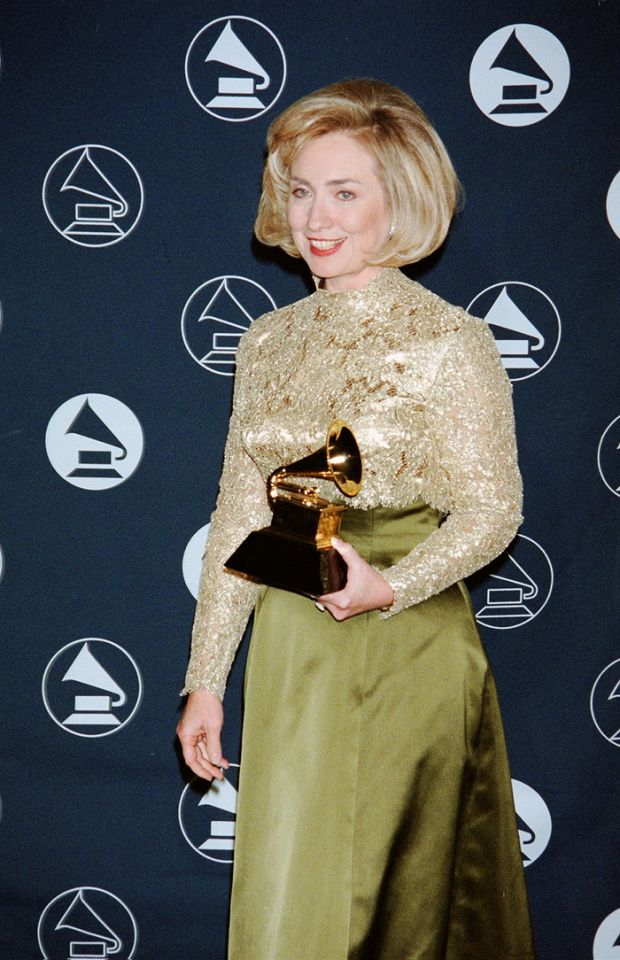 To accept the Grammy for Best Spoken Word Album, Hillary Clinton wore a green silk skirt with a lace top designed for her by Oscar de la Renta. (Photo: The LIFE Picture Collection/Getty Images)