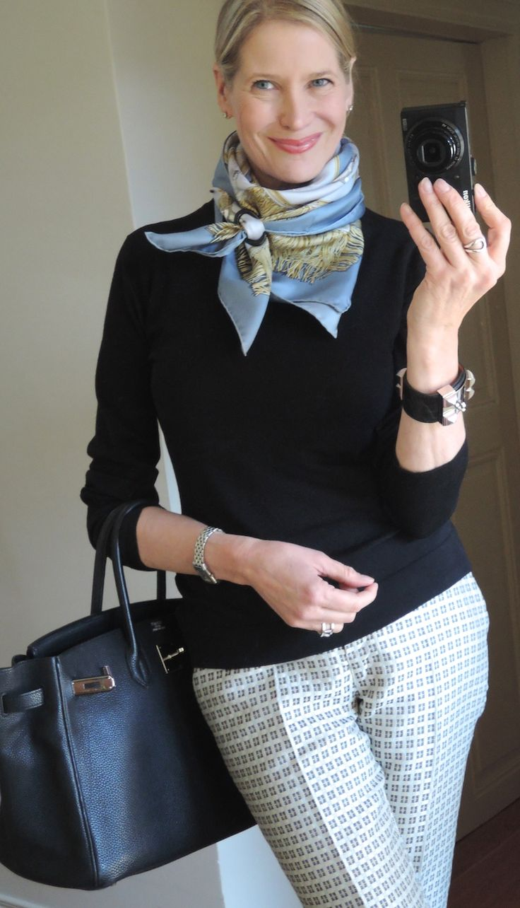 Like the idea of scarves. Like this a lot but executing it is another story! Would need instructions!