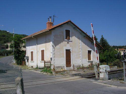 Photos de Peyruis, Maison de garde barrière Provence