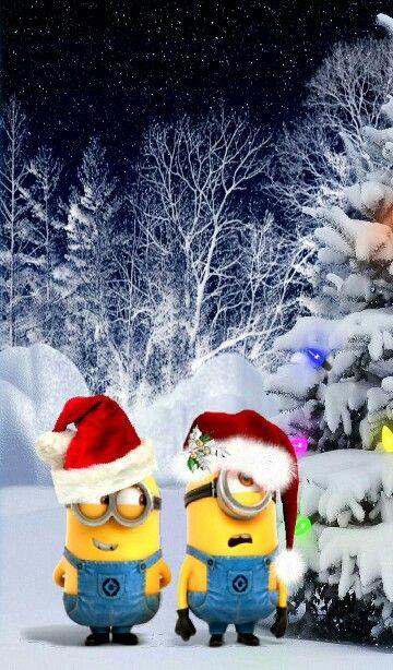 Santa's Minions braving the cold :-)  #Minions #Christmas #Santa