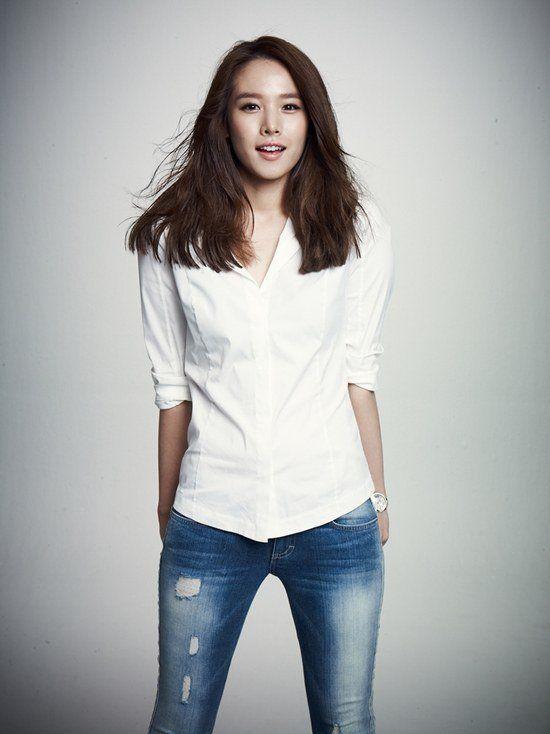 "Jo Yoon-hee to star in ""Key of Life"" with Yoo Hae-jin and Lee Joon @ HanCinema :: The Korean Movie and Drama Database"