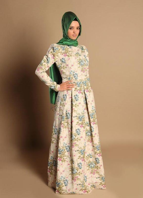 Love the elegant dress