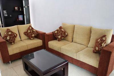 Sofa Ruang Tamu Minimalis - Sofa merupakan salah satu elemen penting furniture untuk ruang tamu rumah minimalis Anda. Anda tidak bisa dengan seenaknya mengatur tata letak dan pemilihan jenis sofa bagi ruang tamu rumah Anda. Bagi Anda yang memiliki rumah dengan ukuran ruangan yang terbatas, maka pemilihan atau penempatan sofa ruang tamu menjadi salah satu pekerjaan yang membutuhkan pemikiran ekstra dari Anda.