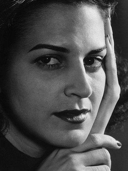 Lygia Fagundes Telles (1923 - ) is a Brazilian novelist and short story writer. http://en.m.wikipedia.org/wiki/Lygia_Fagundes_Telles