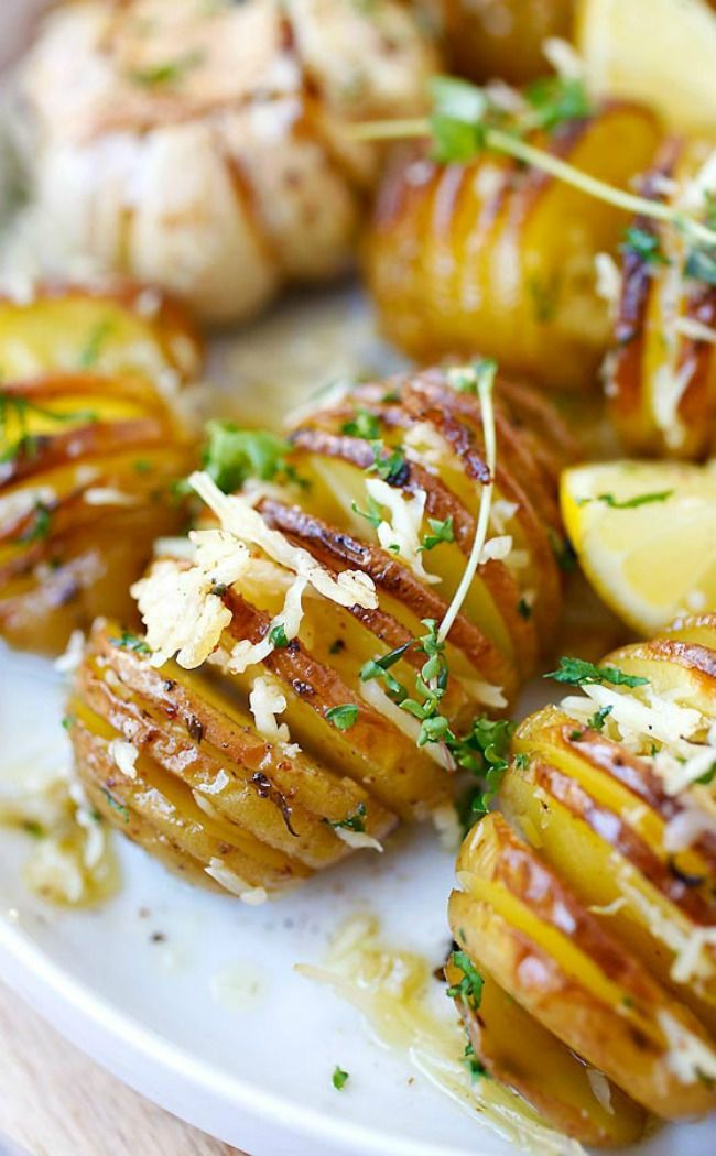 Top Saved Side Dish Idea For Dinner Parties Include This Easy Parmesan Roasted Potatoes With Cheese Butter And Herbs