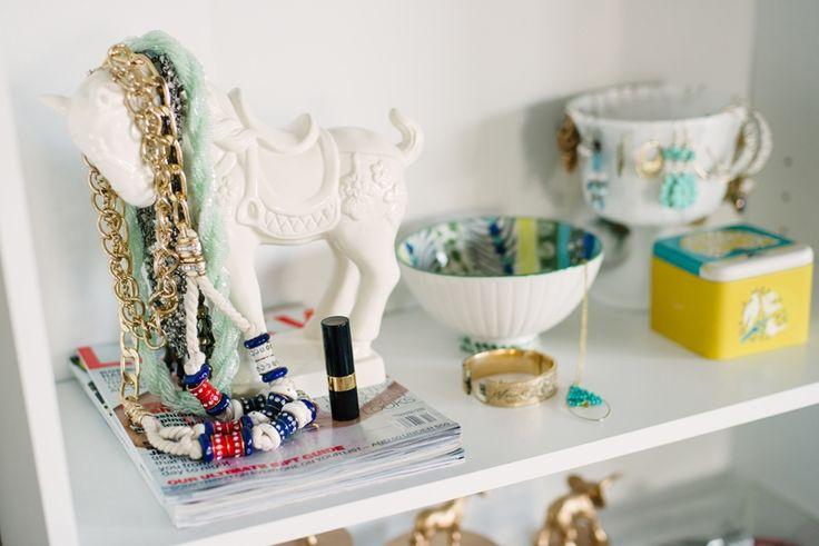 creative jewelry storage. Amanda Risius' Iowa College Apartment Tour #theeverygirl
