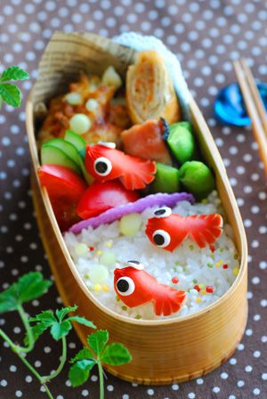 Little red goldfish bento.. cute! :3