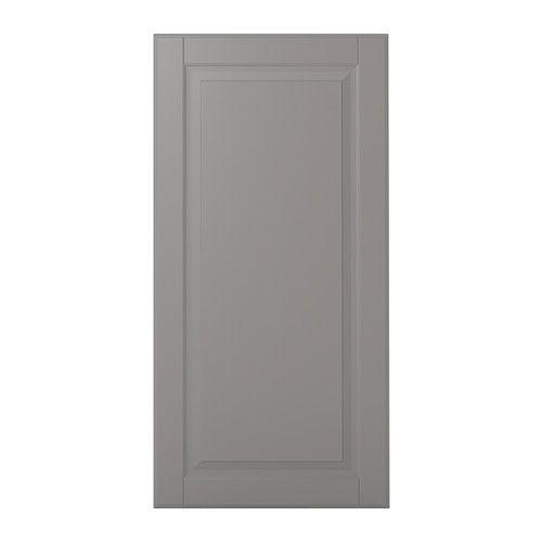 IKEA - BODBYN, Anta, 40x80 cm, , La cornice e il pannello smussato donano all'anta BODBYN un carattere tradizionale e distintivo. Il colore grigio aggiunge un tocco di esclusività alla tua cucina.Le ante verniciate sono lisce, resistenti all'umidità e alle macchie e facili da pulire.25 anni di garanzia. Scopri i termini e le condizioni nell'opuscolo della garanzia.Puoi scegliere di montare l'anta a destra o a sinistra.