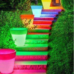 cool glowing flower pots to light your way.wonder how they did that?