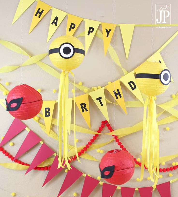 DY Minions Party Banner and Eyes