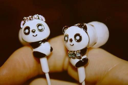 Listen to music witch panda, are you interested? ♥ #panda #music #cute #sweet #headphones