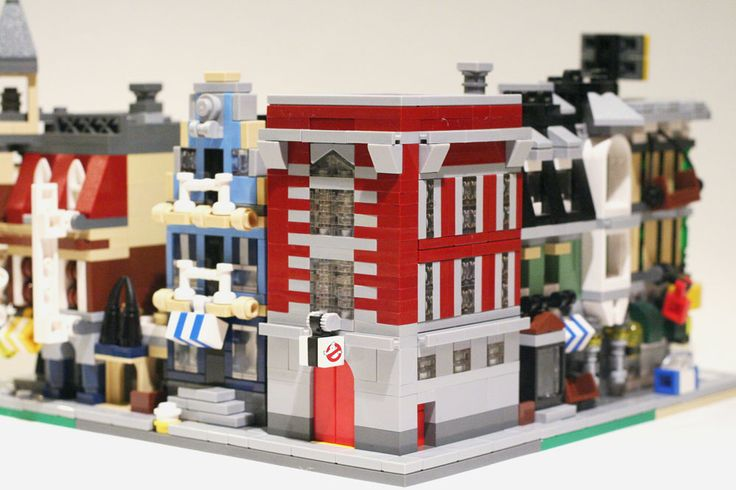 Mini modular Ghostbusters building by Eric on Flickr