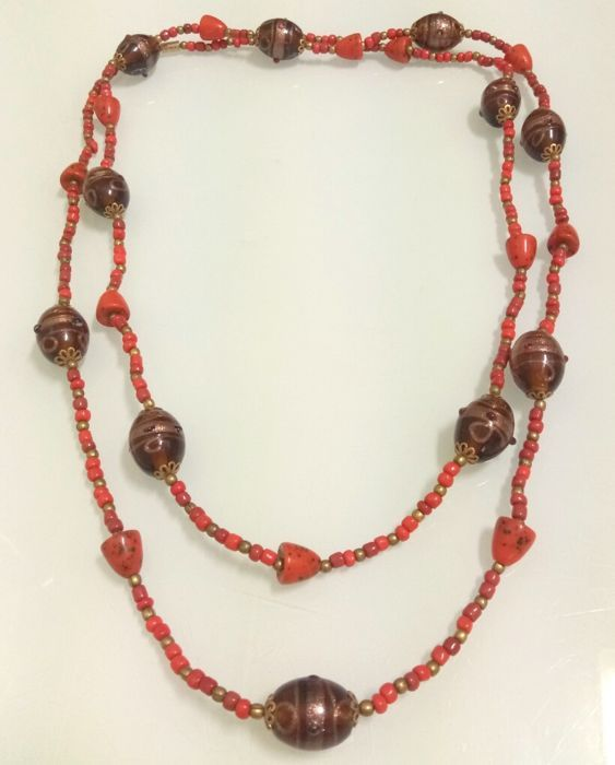 Catawiki online auction house: Old and grand Mediterranean coral necklace with murano beads - 139 cm