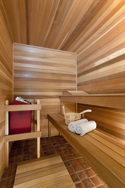 Sauna interior~ love the brick floor!