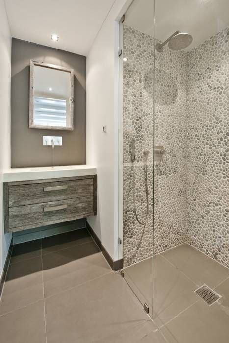 Vernieuwbouw grachtenpand: moderne Badkamer door Kodde Architecten bna