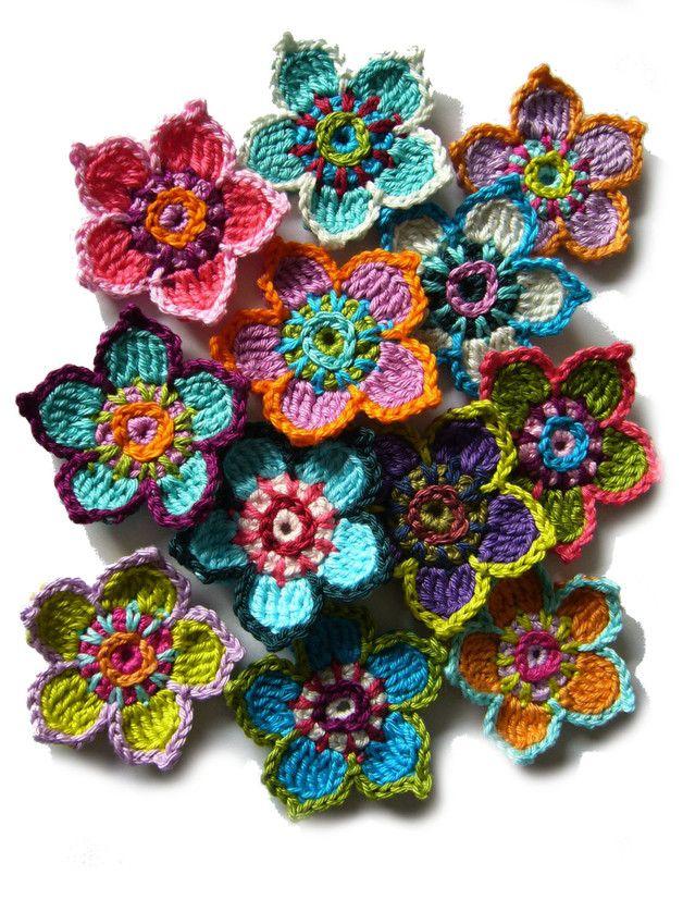 Häkelapplikationen - ○ Frühlings-Häkelblumen ○ - ein Designerstück von crochet bei DaWanda