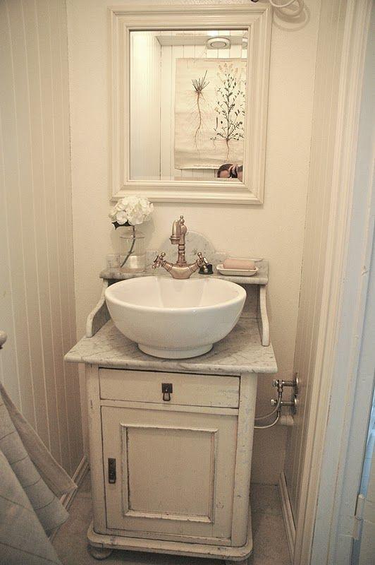 25 beste idee n over badkamer ijdelheden op pinterest badkamer kasten hoofdbadkamers en - Model betegelde badkamer ...