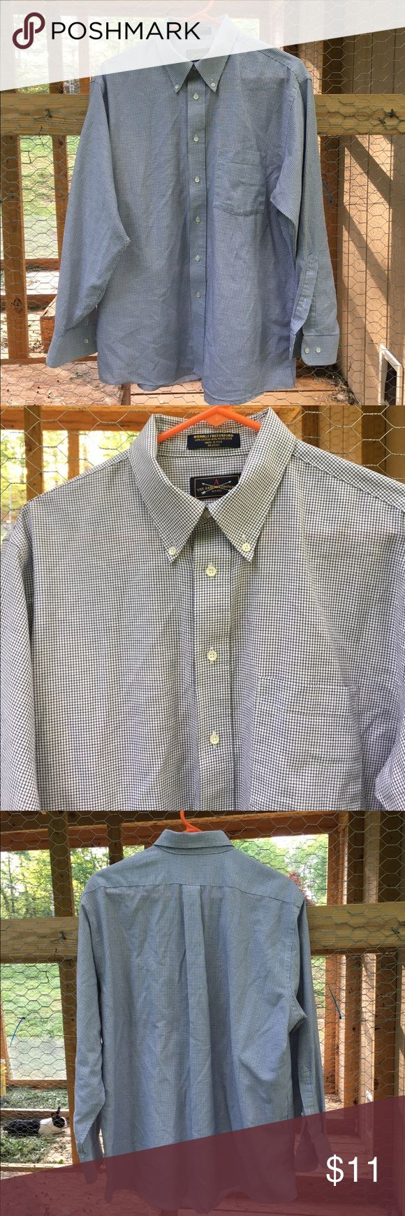 Arrow Co Wrinkle Free Oxford LS Shirt 16.5 32/33 The Arrow Company men's Wrinkle Free oxford blue and white long sleeve checked button up dress shirt is size 16.5 32/33. Shirt has a buttoned down pointed collar and a pocket on front. Made in USA of 60% cotton 40% polyester. Arrow Shirts Dress Shirts