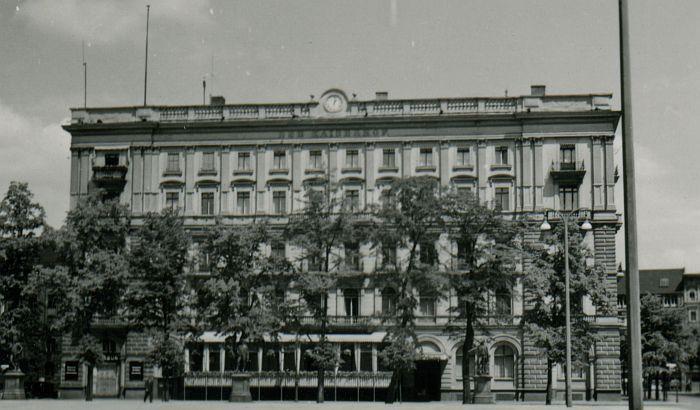 Hotel Kaiserhof Wilhelmplatz in einer seltenen Seitenansicht 1930er Jahre