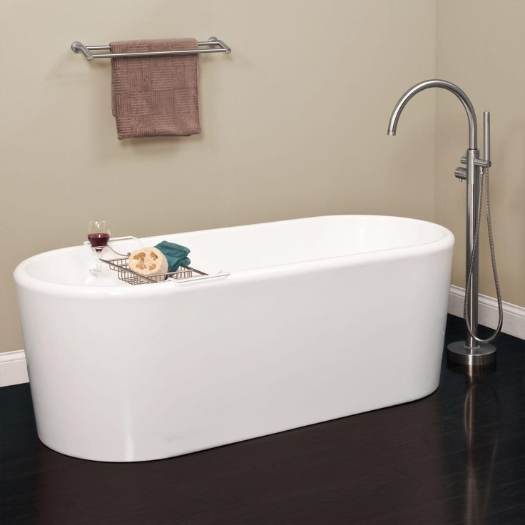 24 best images about edgewaer2 on pinterest for Best acrylic tub