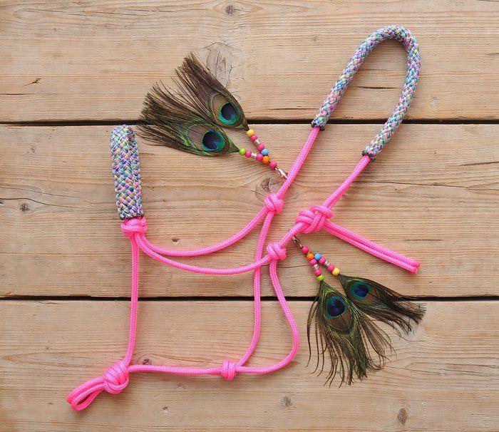 www.pegasebuzz.com   Equestrian Fashion : Horse Beads halter