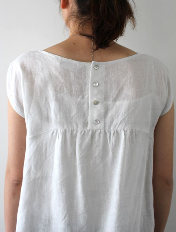 [Envelope Online Shop] Vanna Lisette tops...NICE BACK DETAILING, AND GOOD SOLUTION FOR ENLARGING NECK TO PULL DRESS OVER THE HEAD...