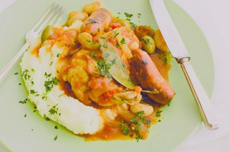 Spanish chicken with spicy sausage (or chorizo) and beans