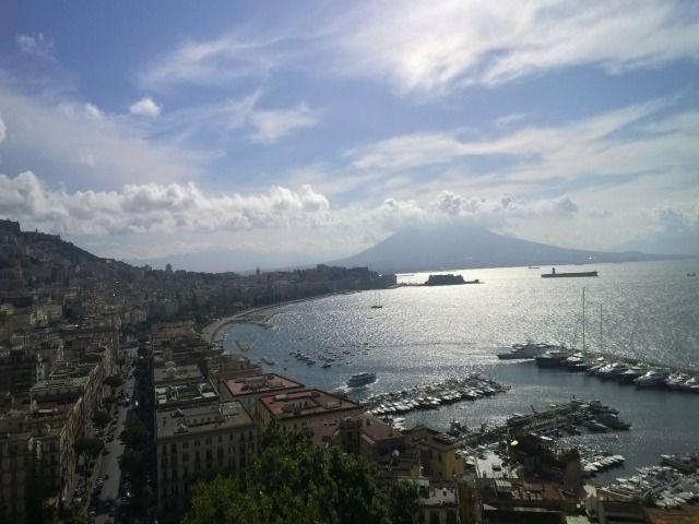 #Napoli panorama della costa http://www.ilturistainformato.it/2014/10/08/a-napoli-con-smartbox-parte-2/