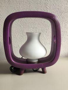 Sixties Paarse lamp met keramieke ombouw