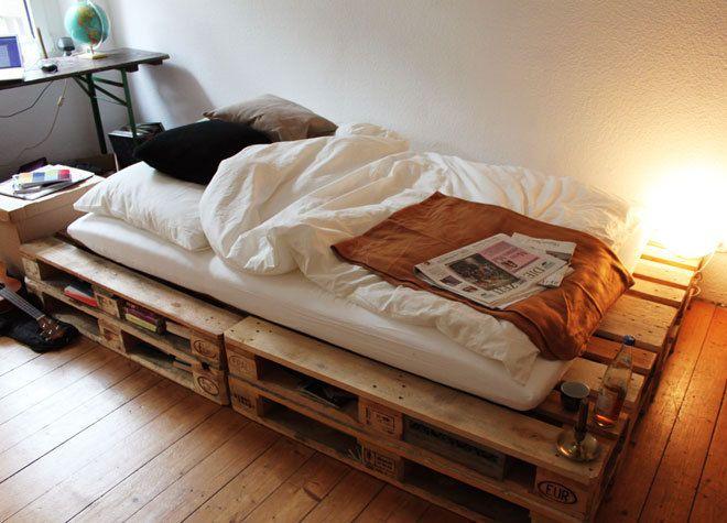 doppelte paletten f r bett schlafen pinterest betten. Black Bedroom Furniture Sets. Home Design Ideas