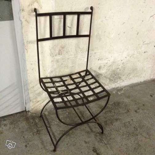 les 25 meilleures id es de la cat gorie chaise fer forg sur pinterest chaises en fer forg. Black Bedroom Furniture Sets. Home Design Ideas