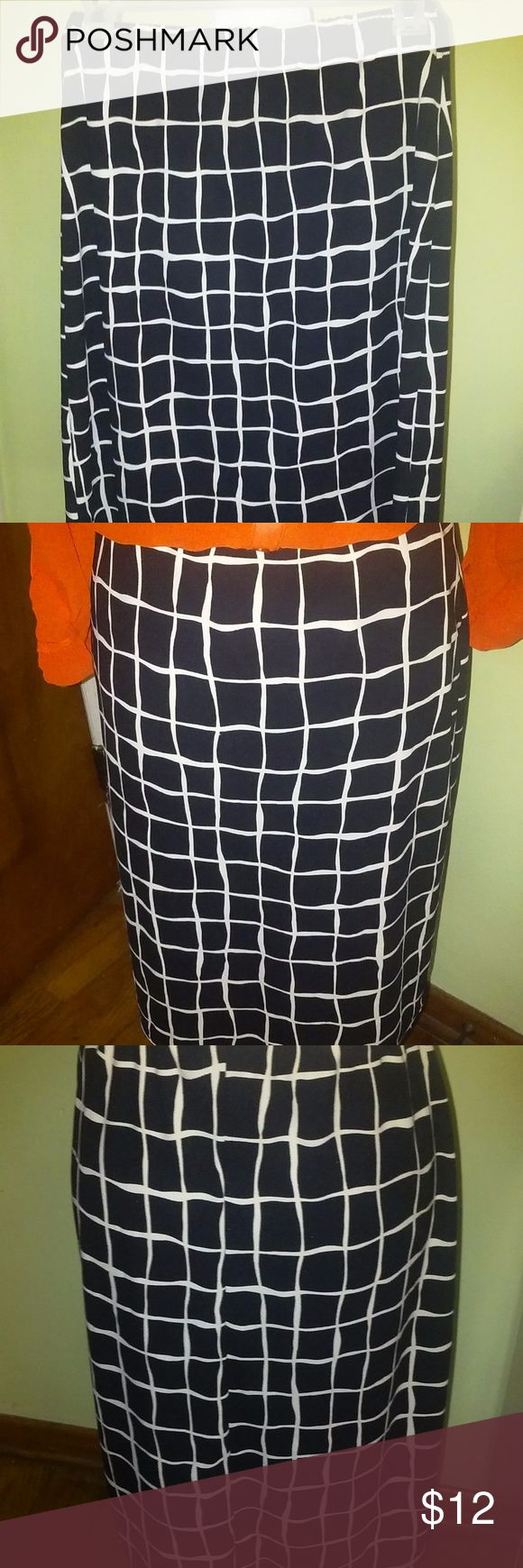 """G.A. S. CO. Dresses Black and White Skirt Size M Pretty black and white printed polyester pull on skirt by G.A.S. Co. Size Medium and in excellent condition.  Shown with an orange blouse i also have for sale.  Made of 100% polyester and unlined.  Falls just below the knee according to height.  I'm 5'7"""" and it comes past my knees. Waist - 24""""  It does allow room for stretch- elastic waistband Hips - 34"""" Length - 22 1/2""""  Thanks for looking and Happy Poshing! G.A.S. CO. Skirts Midi"""