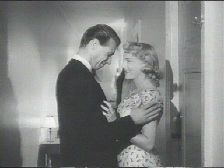 Preben Neergaard og Birgitte Price, i Far til fire i sneen fra 1954.