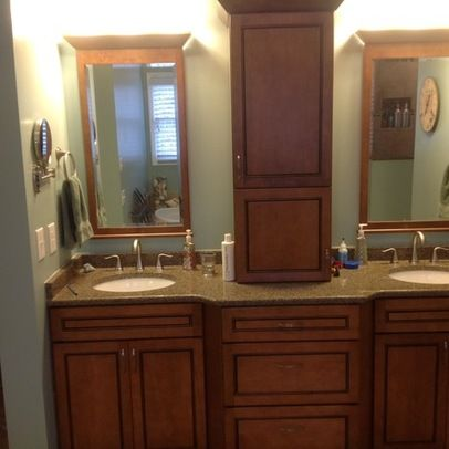 142 best images about bathroom on pinterest traditional for Bathroom cabinets kraftmaid