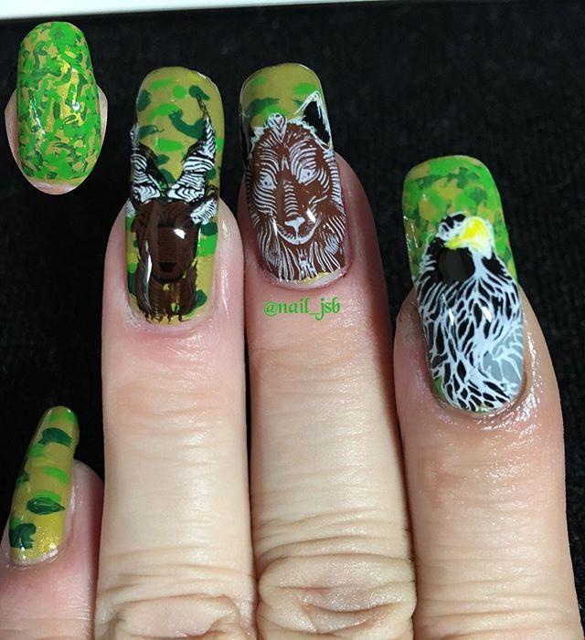 2017/09/13(水)🌤No1333 今日のネイルです💅🏻 #カモフラネイル に#アニマルネイル を✨ やり終えて「やっぱり狼はグレーが良かったなぁ」と後悔💧茶色にしたらただの犬🐕になってしもうた😅 カモフラ柄を小指、薬指、中指まで手描きしたんだけど上手くいかず断念😅 ✽+†+✽――✽+†+✽――✽+†+✽ 💅🏻base polish @zoyanailpolish SCOUT. ☆ 💅🏻colouring BPpolish. ☆ 💅🏻stamping plate @bundlemonster BM-S154. #bundlemonster . ☆ 💅🏻stamper #moyoulondon . @moyou_london . ☆ ✽+†+✽――✽+†+✽――✽+†…