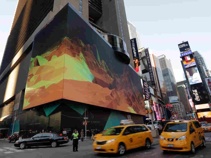 Advertising Company Will Use Its Billboards to Track Passing Cellphones