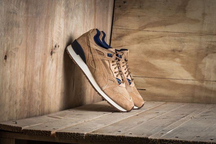 A Puma Duplex Casual modellek igazán finom, visszafogott téli kivitelezést kaptak, hasított bőr részletekkel. Sötétkék és homokszínű színállásban megtaláljátok őket mindkét üzletünkben és a webshopon is. http://www.pigshoes.hu/puma #hotshoes #forsale #ilike #shoeslover #like4lik #shoes #niceshoes #sportshoes #hotshoes