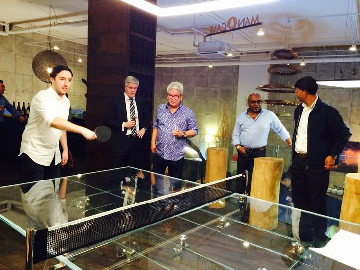 Singapore - Playing ping pong on an Italian masterpiece of design, LUNGOLINEA!  #design #table #crystal #tennisTable #pingpong #madeInItaly